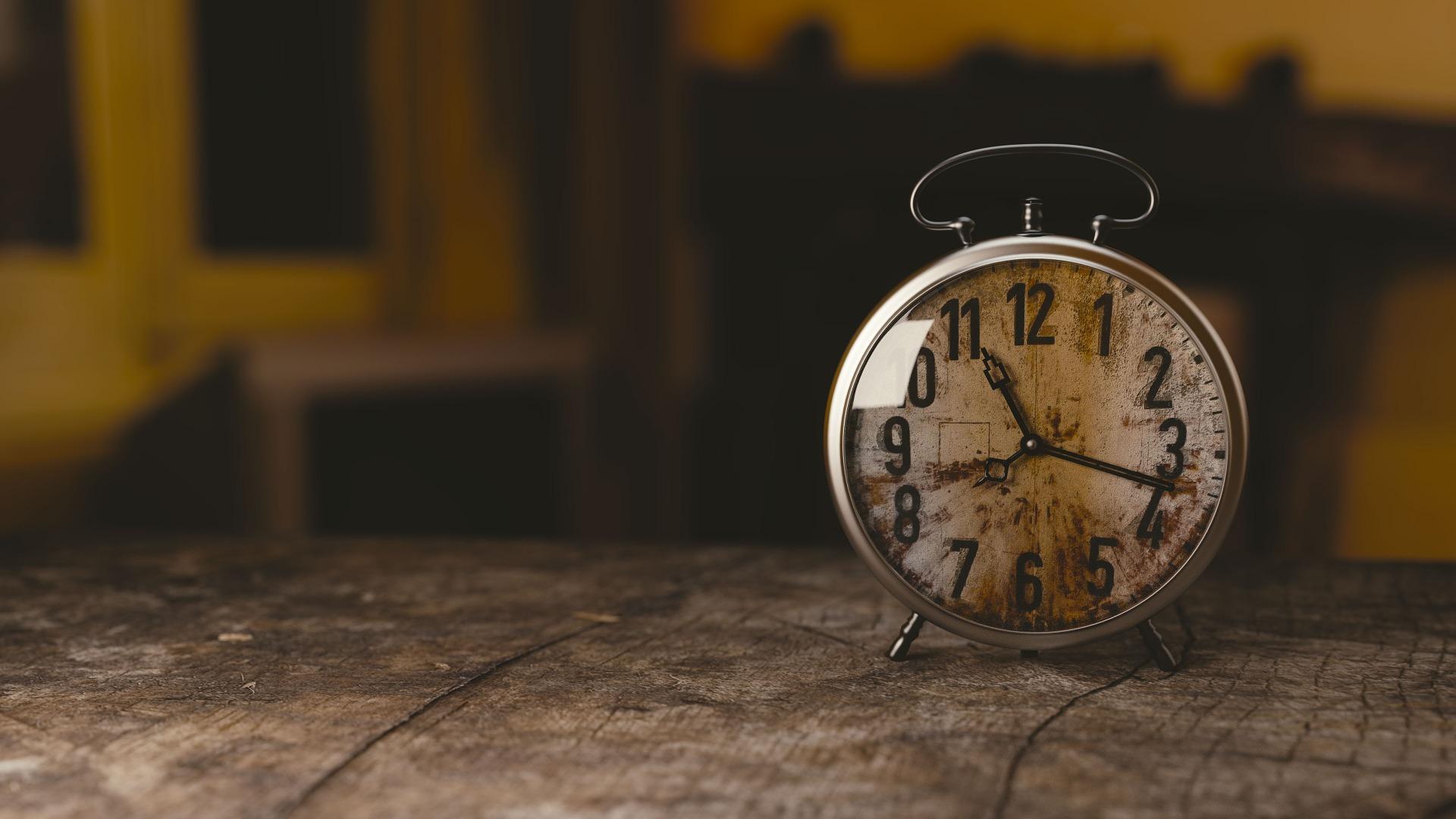 Meer tijd overhouden? In deze mini cursus tijdmanagement ontdek je dat je eerder teveel dan te weinig tijd hebt.
